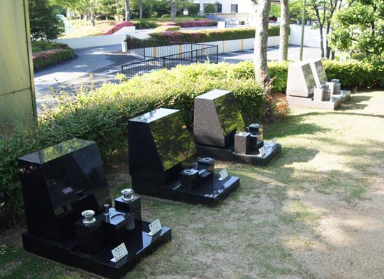 泉南メモリアルパーク墓石見本2