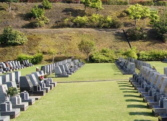 泉南メモリアルパーク墓所内