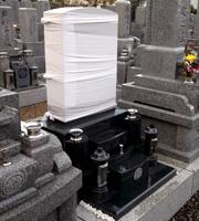 大阪の墓石