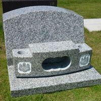 白御影石洋型墓石