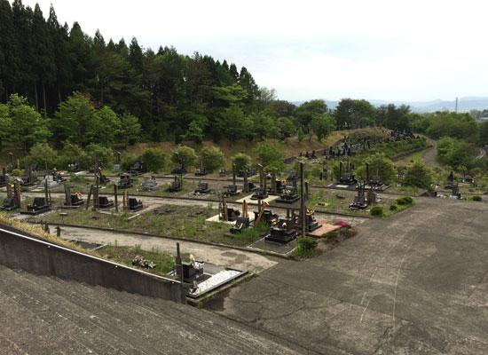 鷹巣石ノ巻岱墓園-1