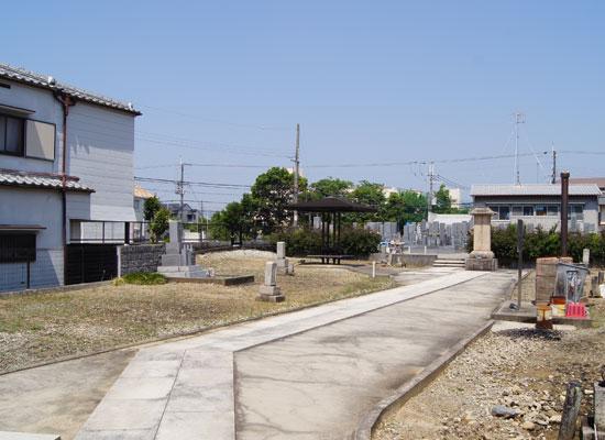 大鹿墓地-1