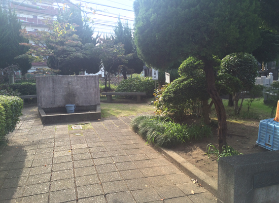 蕨市営塚越霊園